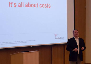 Cardinal Health CFO Jeff Henderson delivering the keynote at Fuqua's Healthcare Conference