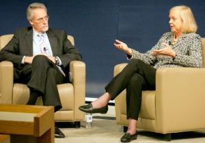 HP CEO Meg Whitman chatting with Duke Fuqua Dean Bill Boulding
