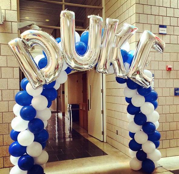 A Duke welcome sign greets admitted Duke Fuqua MBA students during Blue Devil Weekend