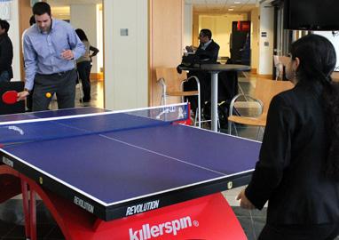 mms students play ping pong