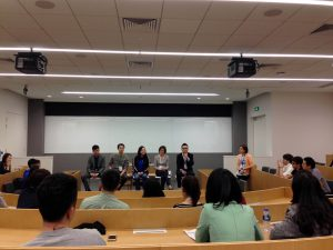 Duke alumni panel talks to students in China