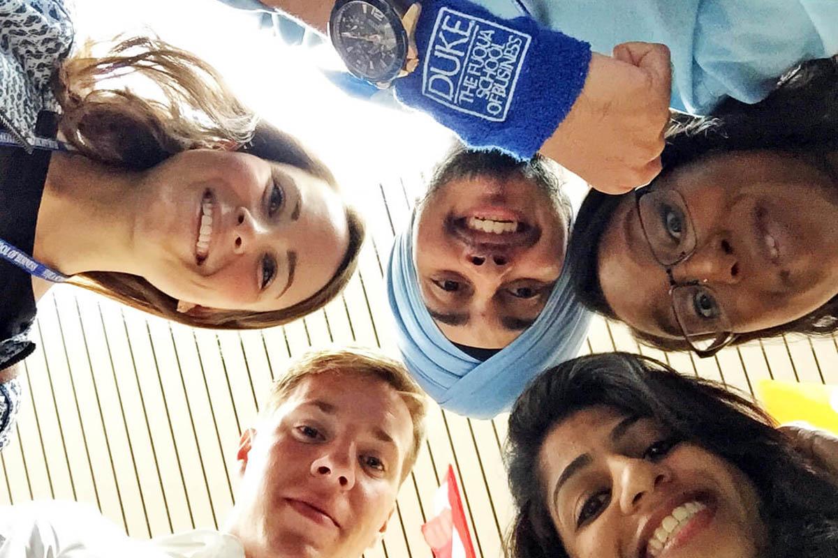 Five students teammates, Fuquans