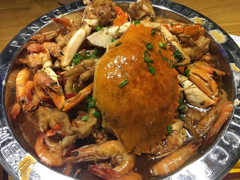 crab pots are among Kunshan's dining options