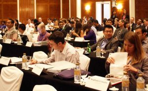 Duke Fuqua Cross Continent MBA students in class